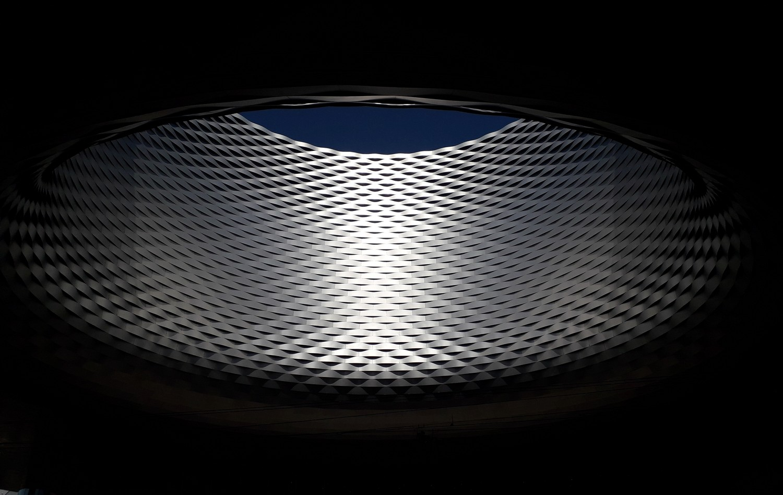 expert en anodisation de pièces titane et aluminium